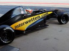 Interwetten-has-been-the-official-sponsor-of-Team-Lotus-F1-1